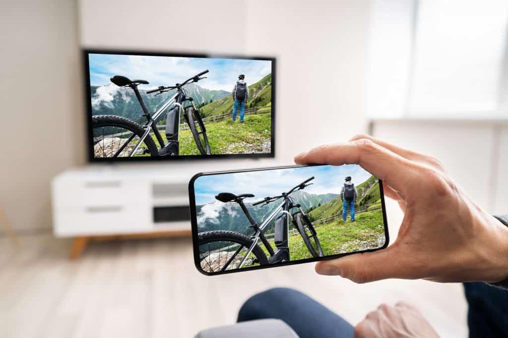 Kako spojiti mobitel na tv